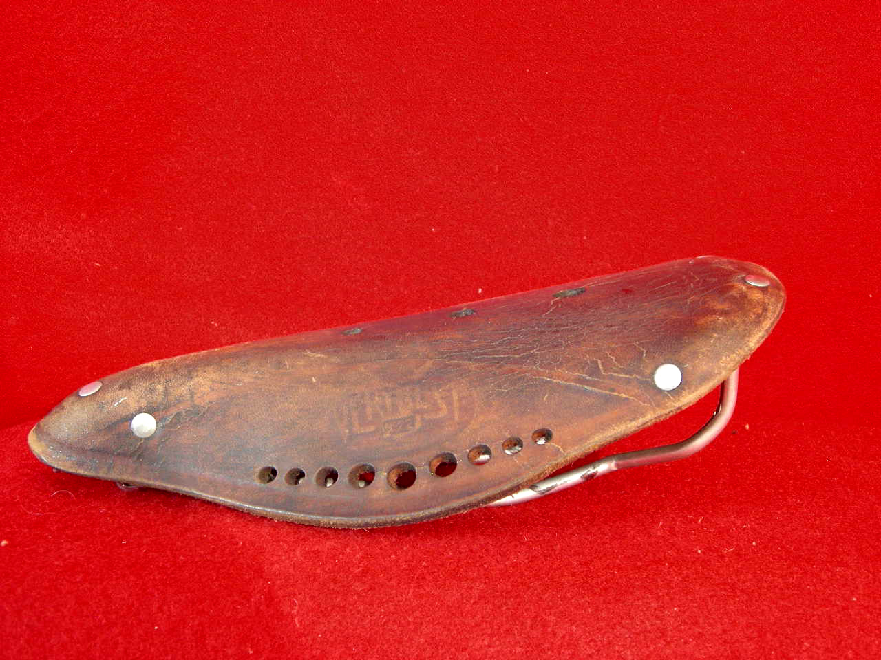 Ideal Leather Saddle